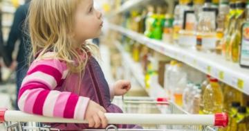 Immagine per l'articolo: Pubblicità e alimenti speciali (ma inutili) per bambini