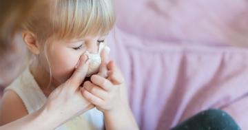 """Bambina con raffreddore, una tipologia di """"asilite"""""""