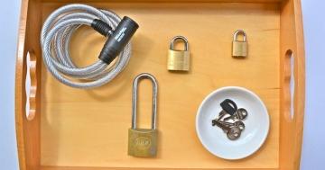 Immagine per l'articolo: Montessori fai da te: chiavi e lucchetti