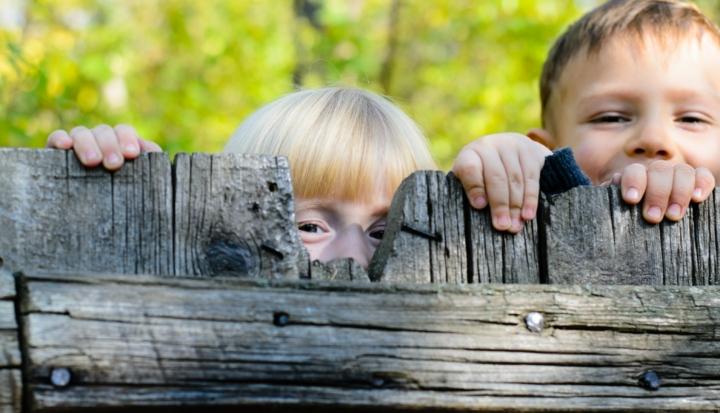 Giochi da cortile per crescere sani for Cortile giochi per bambini