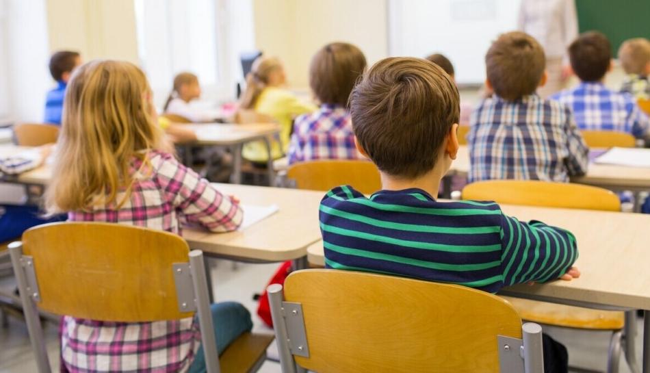 Bambini in una classe elementare