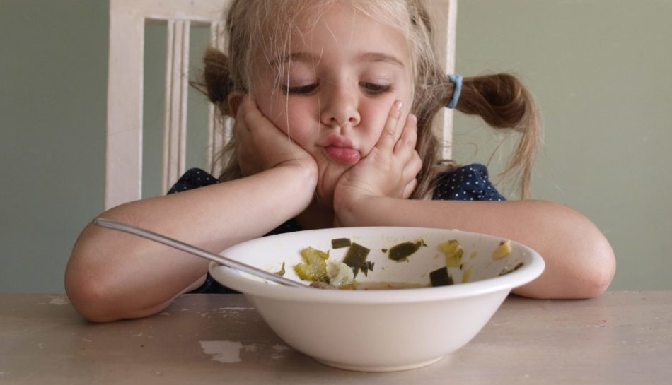 Bambino 2 Anni Non Mangia.Che Fare Se Il Bambino Rifiuta Frutta E Verdura Uppa It