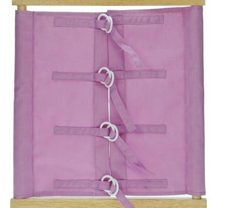 Telaio delle allacciature Montessori di colore rosa