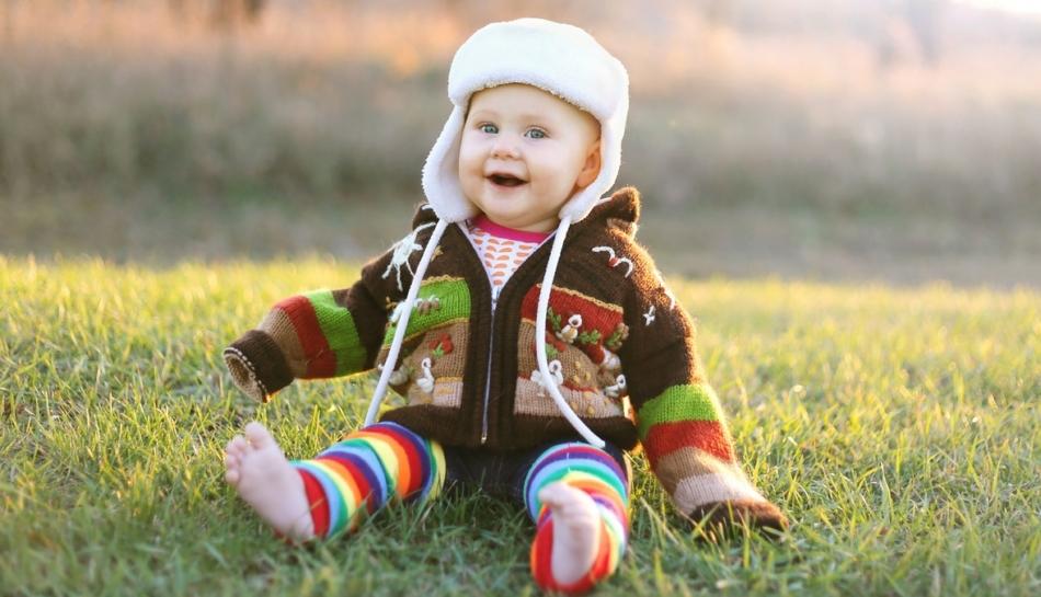 Bambina durante la fase di sviluppo dei 9 mesi