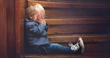Bambino vive un momento di stress