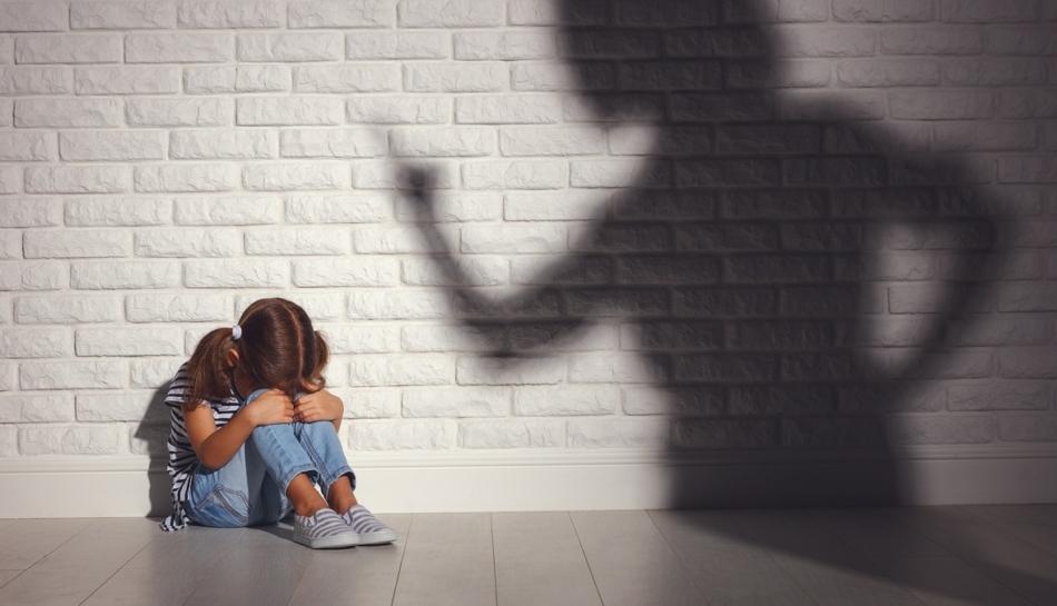 Bambina viene messa in punizione